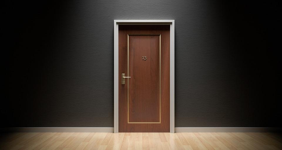 какие права имеет прописанный в квартире, но не собственник