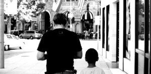 оспаривание отцовства и наследственный спор